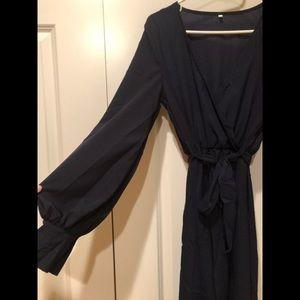 NWOT Navy Blue Wrap Maxi Dress 💃🏼